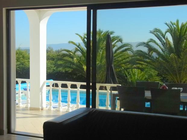 Uitzicht vanuit woonkamer